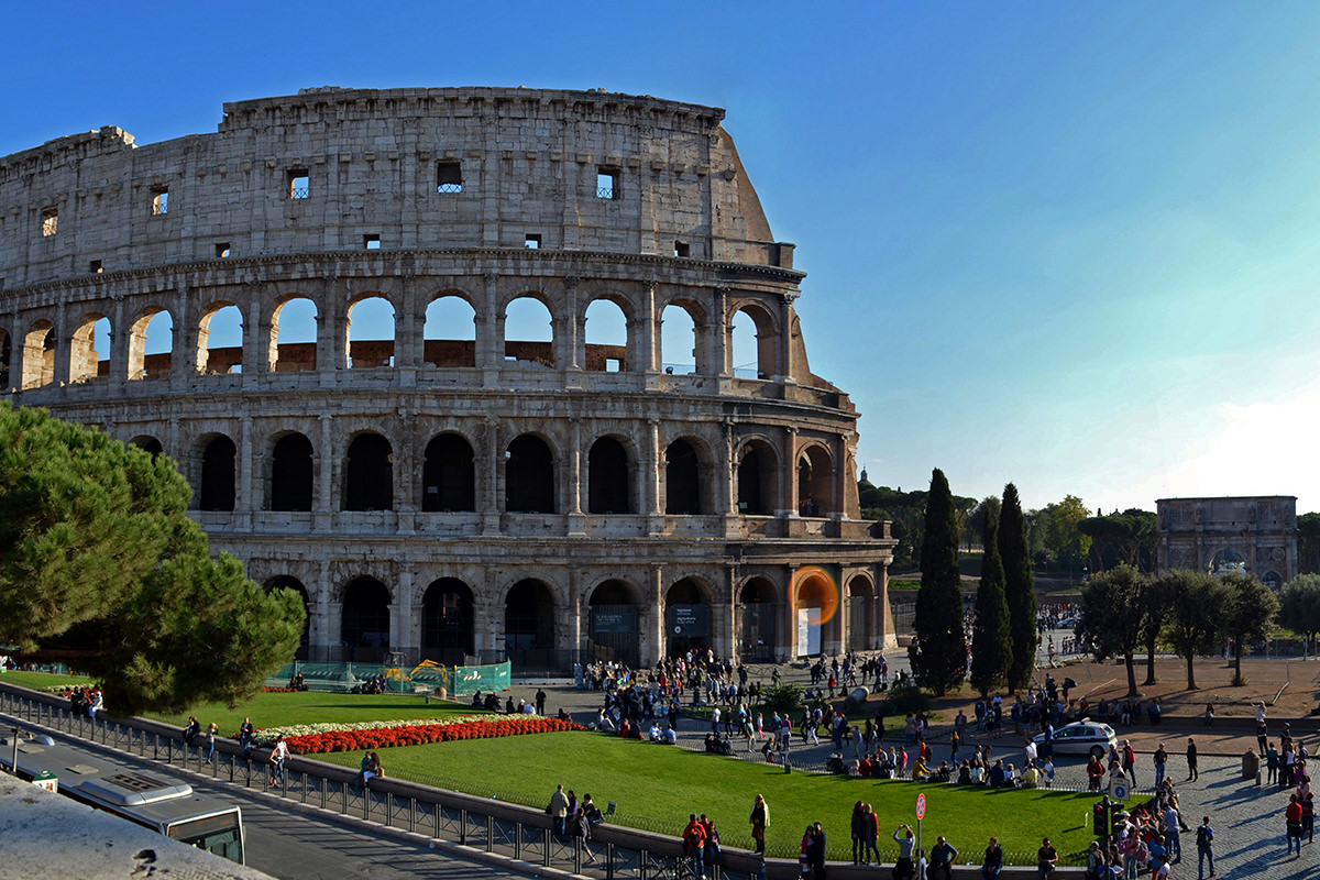 IndoEuropean Travels Europe 101 Italy Rome Colosseum
