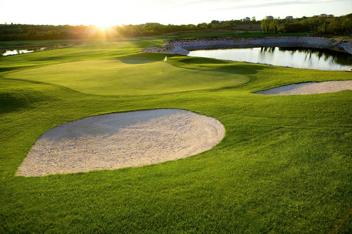 IndoEuropean Travels Europe 92 CROATIA Adriatic Golf Course